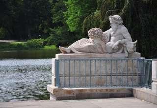 Wybierz się na warszawską wycieczkę śladami pomników